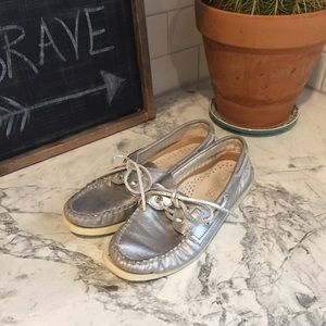 SPERRY Top Sider Metallic Silver Size 6.5